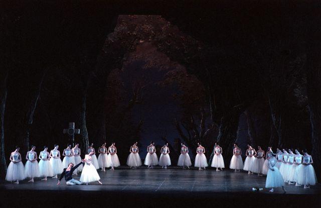 Giselle - Teatro alla Scala - ph. Lelli Masotti