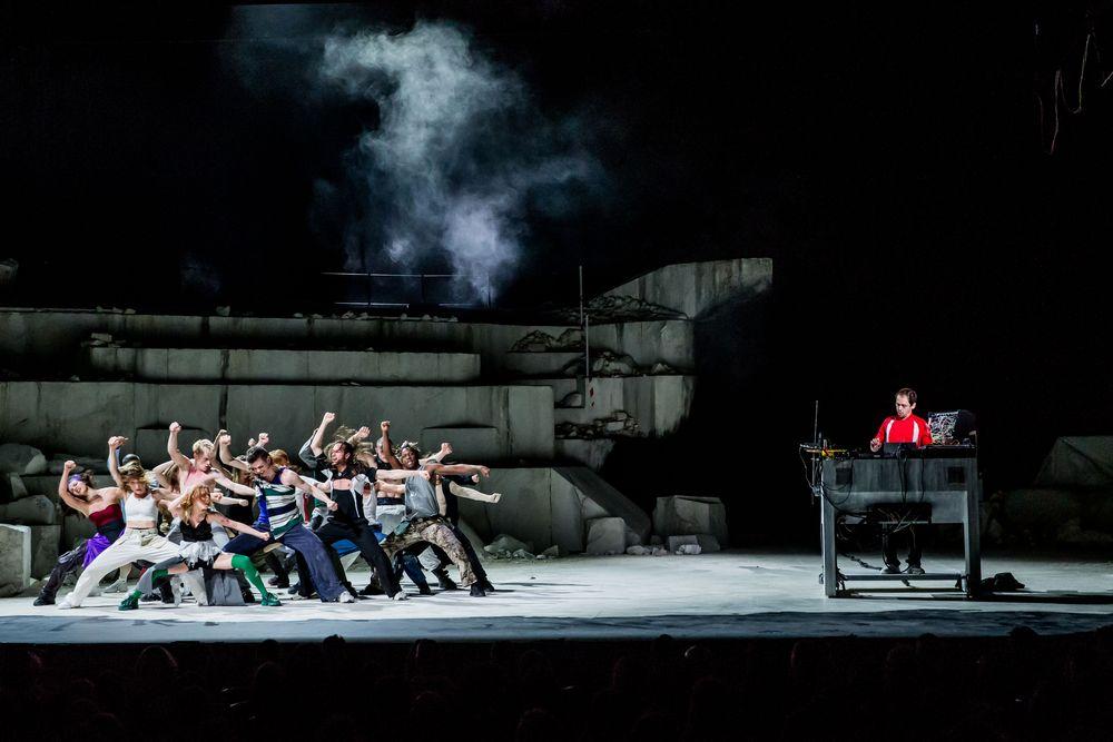 Biennale-Danza-Ballet-National-de-Marseille-Photo-Cyril-Moreau