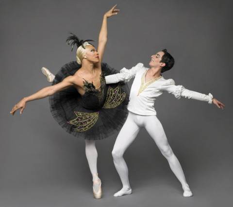black-swan-les-ballets-trockadero