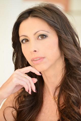 La scena rivela la verità su chi si è: intervista a Lorena Baricalla