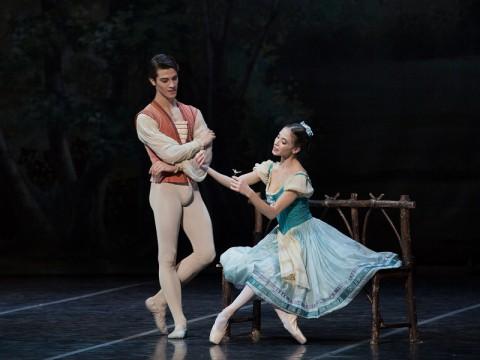 Claudio Coviello e Rebecca Bianchi in Giselle di P_Ruanne - Ph.Yasuko Kageyama