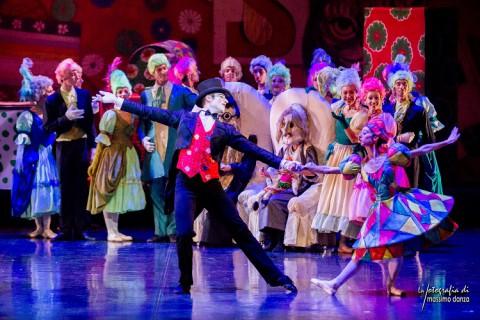 """La magia dello """"Schiaccianoci"""" di Amodio dà il benvenuto al 2017"""