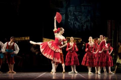 Don-Chisciotte-del-Teatro-alla-Scala-Nicoletta-Manni-Photo-Karla-Nur -Astana-Opera-2014