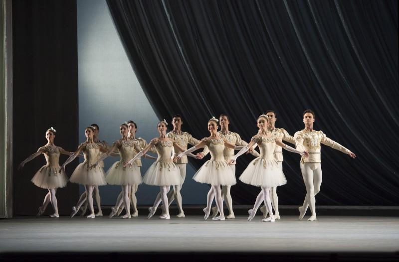 Jewels, lo sfavillante balletto di Balanchine sfolgorerà al cinema