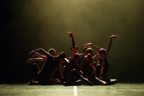 Kim Yong Geol Dance Theater, Korea 3