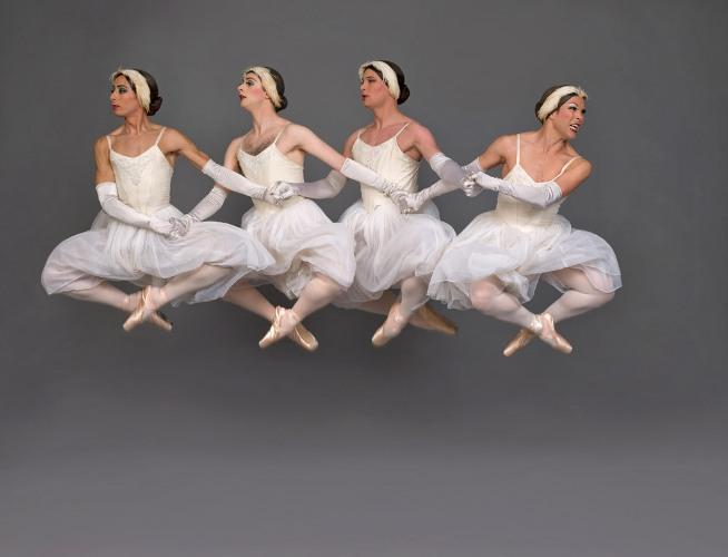 Les Ballets Trockadero de Monte Carlo_Swan Lake © Les Ballets Trockadero de Monte Carlo