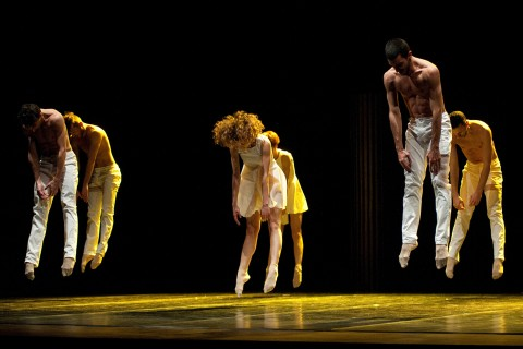 MM Contemporary Dance Company_Bolero_2.jpg
