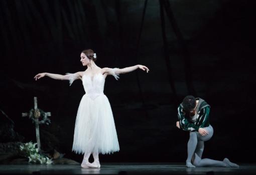 Marianela-Nuñez-e-Federico-Bonelli-Giselle-Royal-Ballet-2018-ph.-Helen-Maybanks