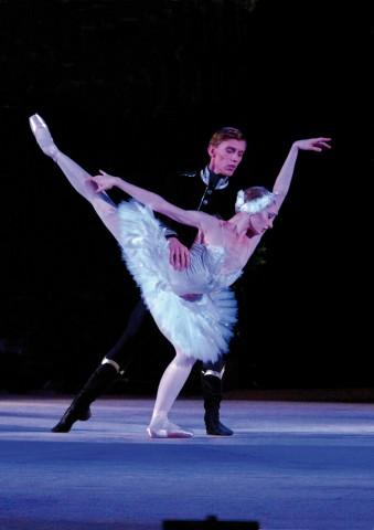 Melissa Hamilton e Dawid Trzensimiech - Royal Ballet