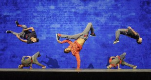 "Balletto e breakdance si fondono per ""Red Bull Flying Bach"""