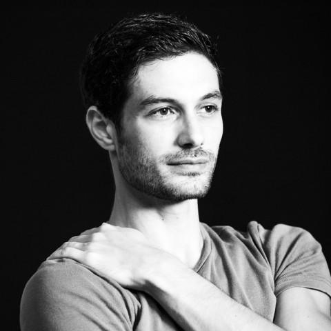 La danza è un cocktail: intervista ad Alessandro Riga
