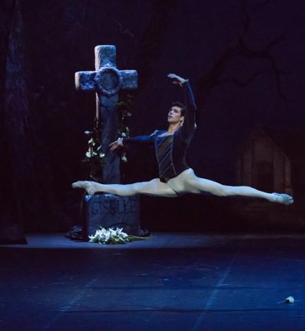"""""""Standing ovation"""" per il Balletto della Scala"""